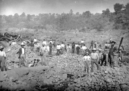 Miners in Hangtown, William Shew, 1849. (iamge from /www.legendsofamerica.com)